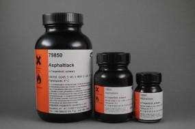 Asphaltlack in Terpentinöl